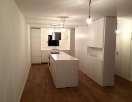 Küche in weiß matt lackiert, Schleiflack 9016